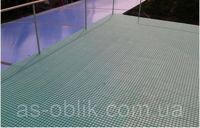 Защитное покрытие от скольжения на палубе