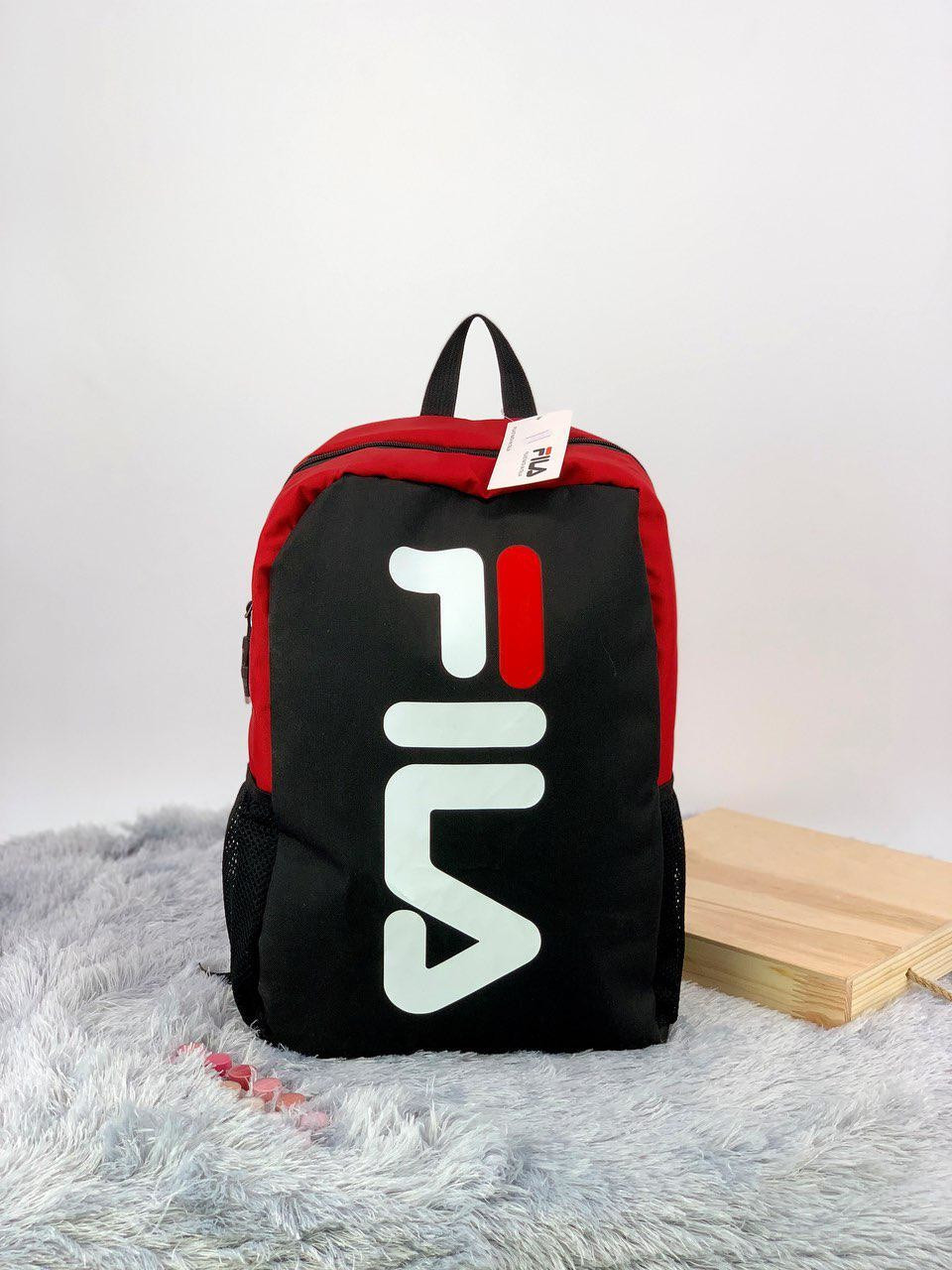 Рюкзак в стиле FILA черно-красный
