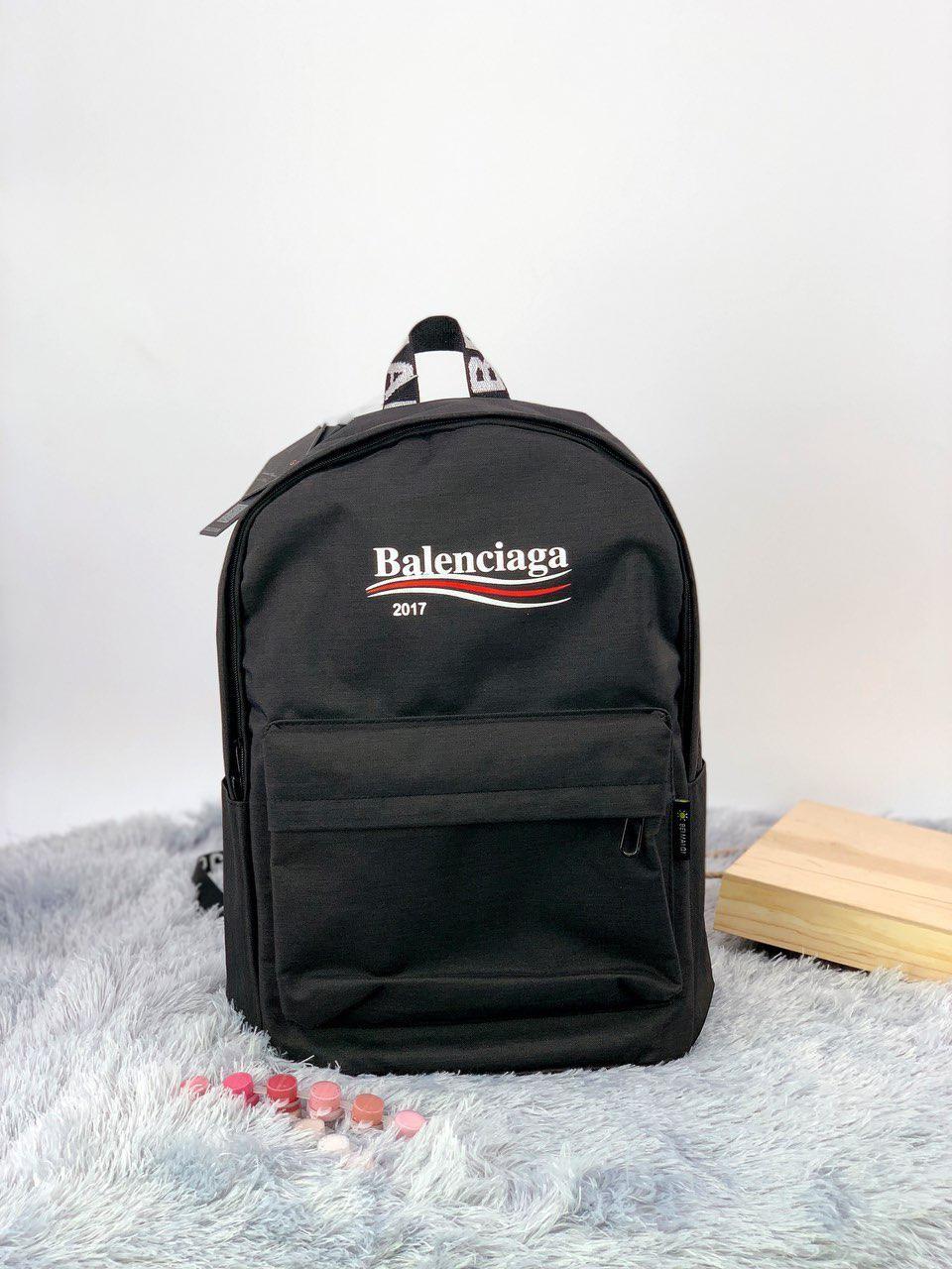 Рюкзак в стиле Balenciaga черный