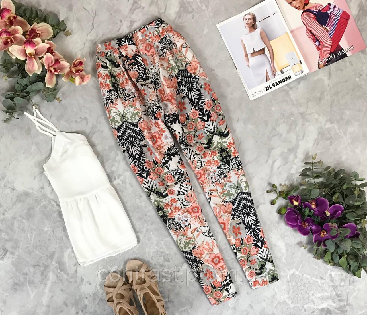 Легкие брюки для летней жары в цветочный принт  PN1924008