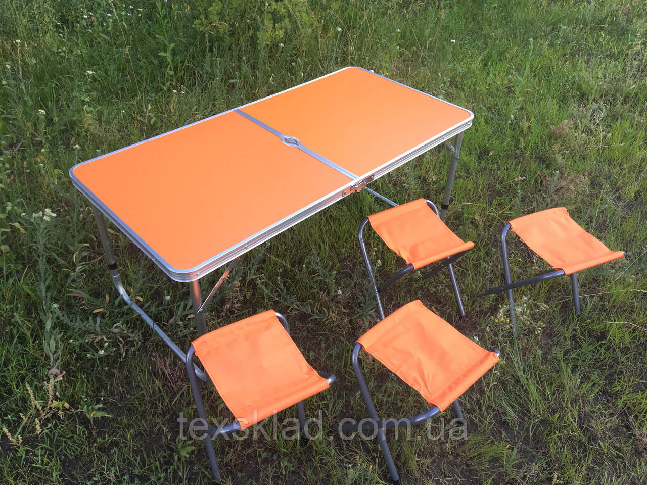 Стол туристический для кемпинга на природу со стульями - оранжевый