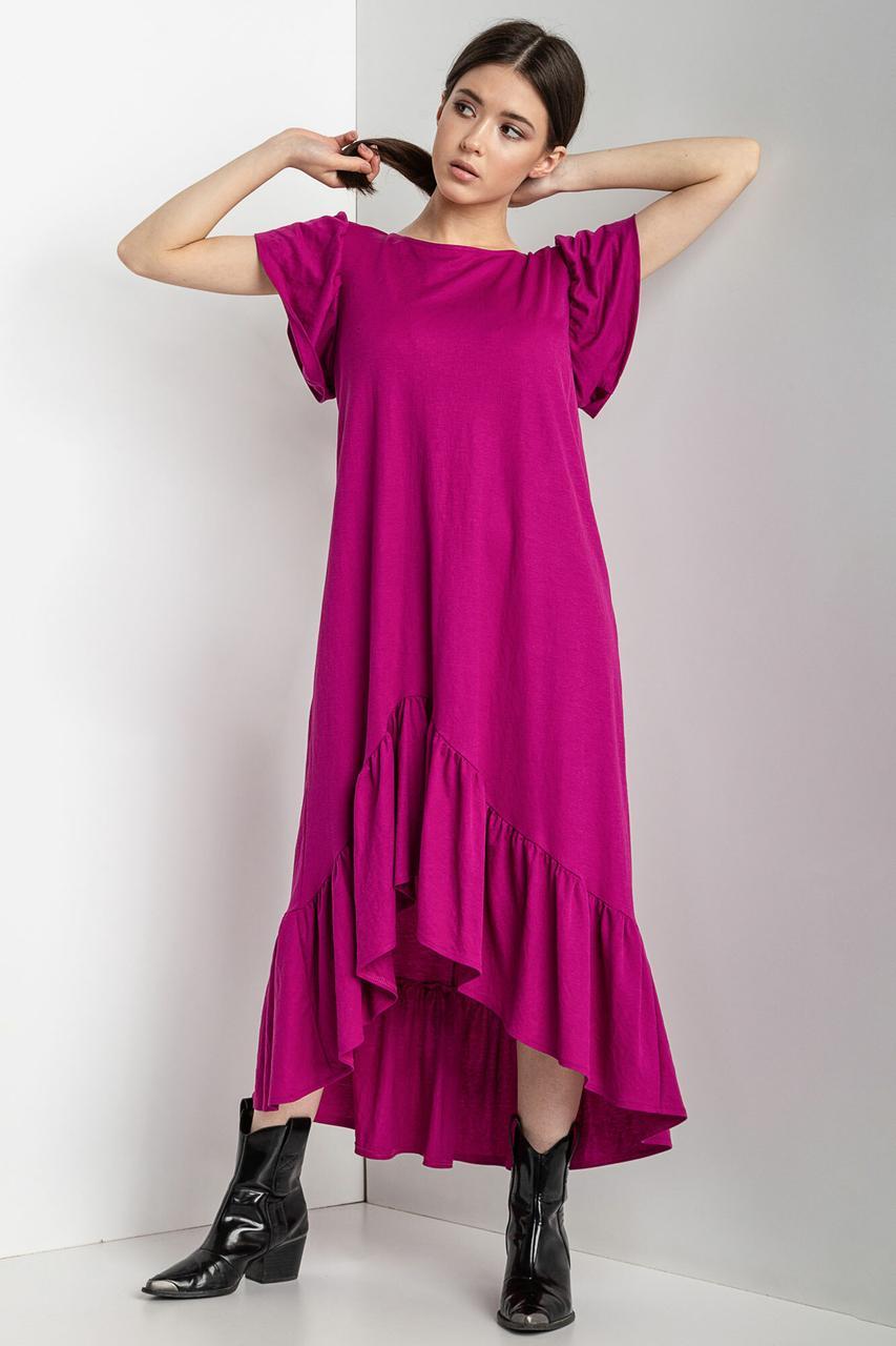 Асимметричное платье WILLOW цвета фуксии с рукавами-крылышками и широким воланом по подолу
