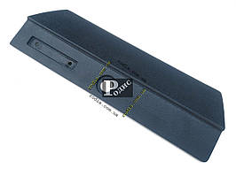 Накладка крышки вещевого ящика наружная ВАЗ 2107