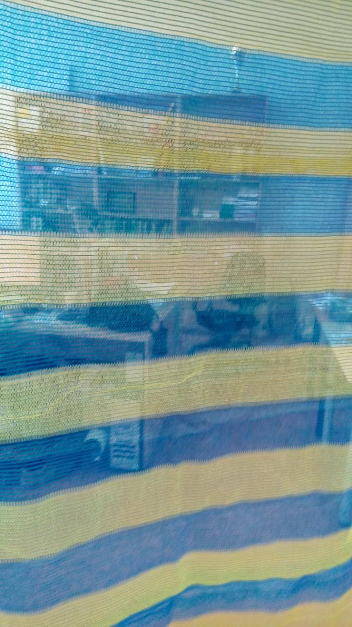 Сітка затінюють Karatiz 65% жовто-блакитна (ширина 2, 4м, 6м *50м.пог)