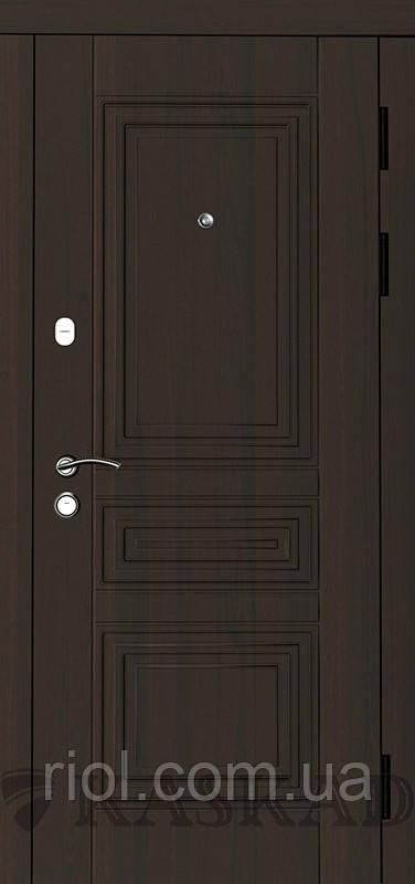 Дверь входная Мадрид серии Классик ТМ Каскад