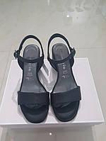 Босоніжки жіночі TAMARIS чорні Black Leather