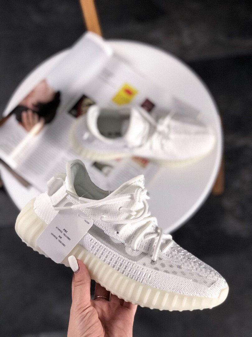new concept a7288 3297f Женские кроссовки Adidas Yeezy Boost 350 V2 Full White