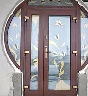 Вхiднi дверi з вiтражем