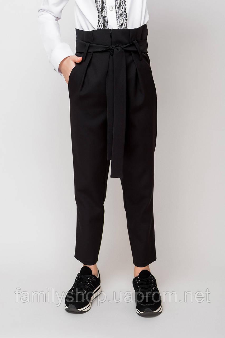 Стильные школьные брюки синего цвета на девочку