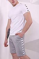 Шорты Adidas серые с белыми лампасами, фото 1