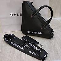 Треугольная сумка Balenciaga