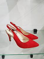 Туфлі жіночі CAPRICE червоні замш Red suede 38