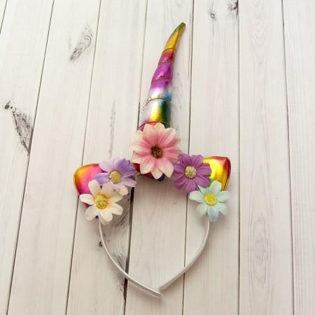 Рог Единорога радужный с цветными ромашками