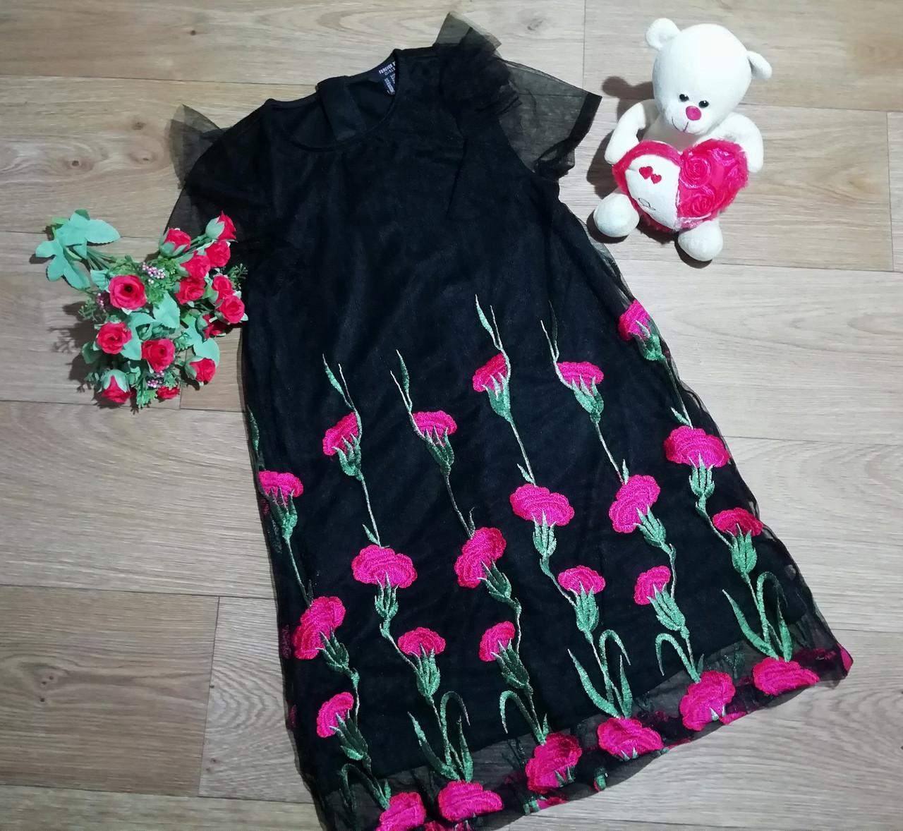 Нарядное черное платье на девочку с вышитыми цветами Forever21 (США) (Размер 9-10Т)