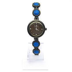 Часы KIMIO, на браслете с синими камнями, длина браслета 19см, циферблат 23мм