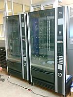 Cнековый  торговый автомат Necta Sfera