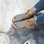 😜 Женские серые босоножки на низком ходу, фото 5