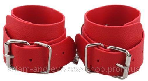 Наручники BDSM-NEW PVC Handcuffs With Chain, red