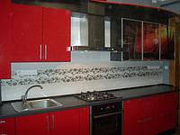 Кухня Красная, прямая, стекло, черная, глянец
