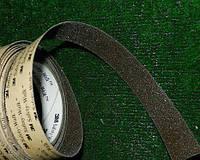 Самоклеющаяся лента на ступени 25 мм коричневая