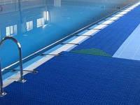 Антискользящее покрытие вокруг бассейнов «Лагуна»