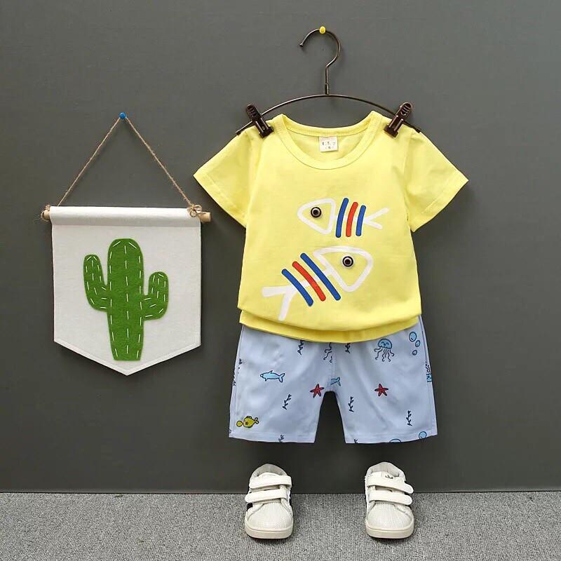 Летний костюм на мальчика  футболка+шорты 2 года желто-голубой  Рибки