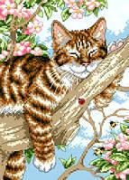 """Набор для вышивки на канве с нитками крестиком """"Спящий котенок"""". Размер 18х25 см."""
