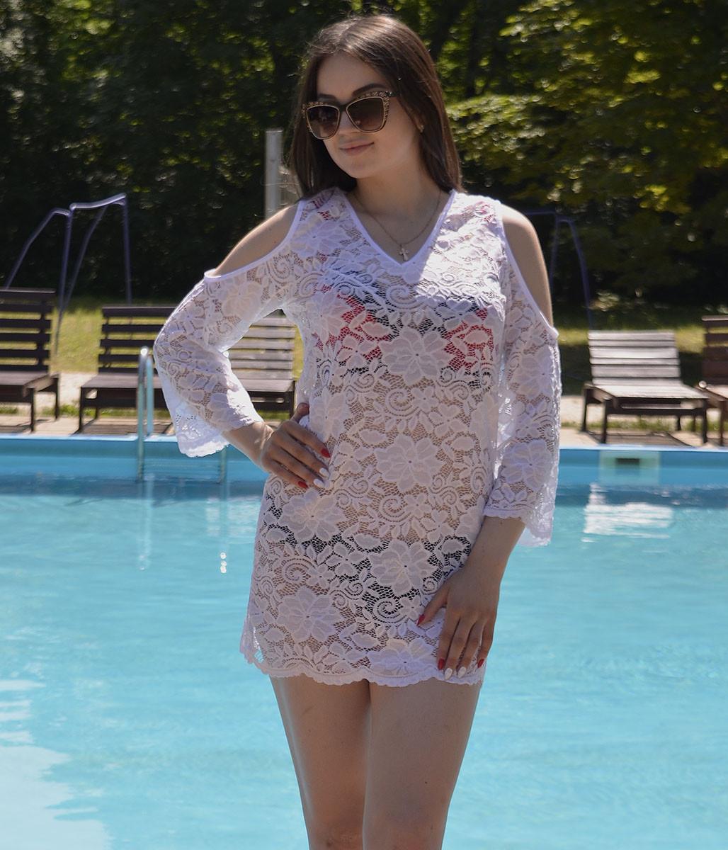 Стильная ажурная пляжная туника с открытыми плечами