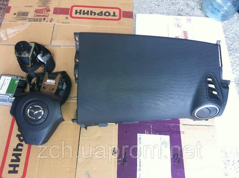 Подушка безопасности в руль Mazda 3 sedan
