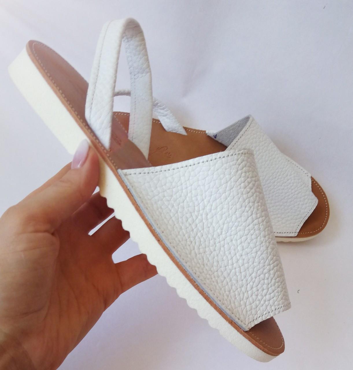 Стиляшки! Женские кожаные сандалии испанка! Летние босоножки менорки белого цвета