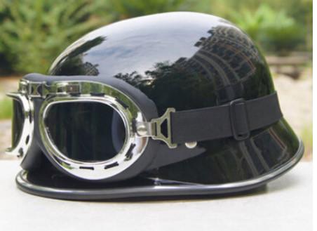 Ретро немецкая мото каска с очками