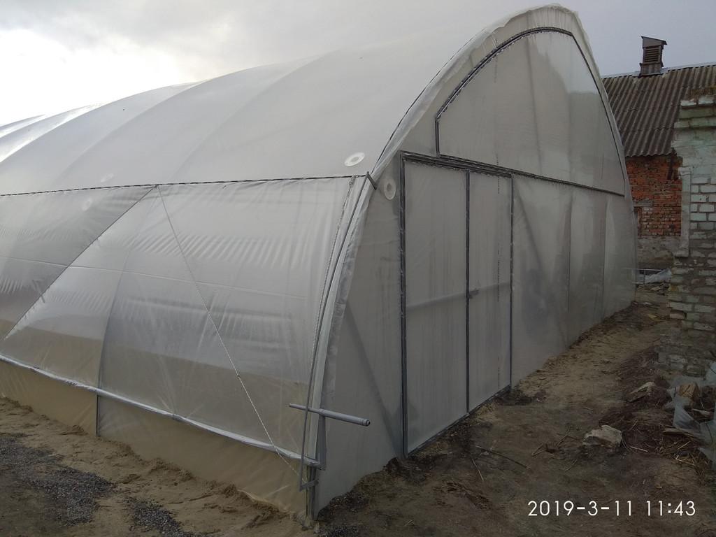 надутый фасад фермерской теплицы
