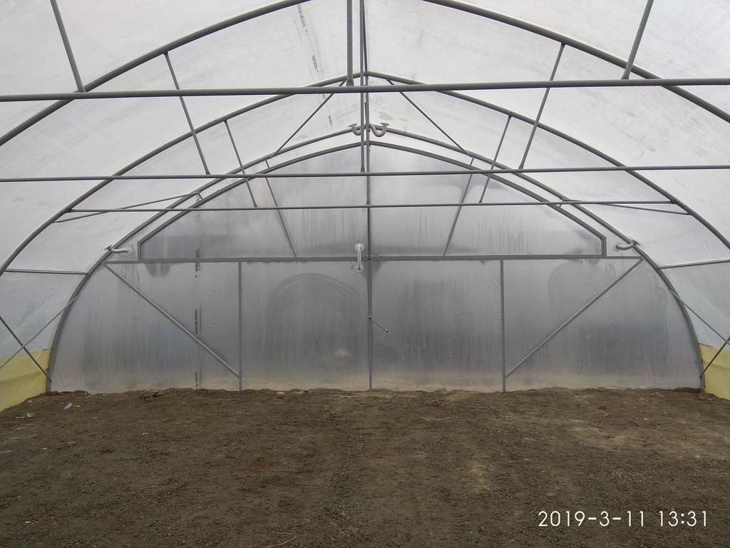 фермерская теплица с наддувом изнутри