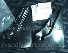 Брызговики Fiat Doblo передние (Лада Локер)