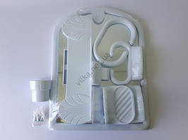 """Зеркало в ванную комнату в пластмассовой рамке 6060 """"Синди"""" (54*40,5 cm.)"""