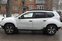 Дефлекторы окон на Renault Duster 2011