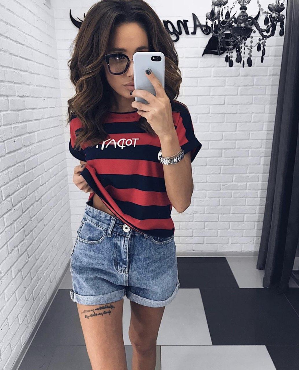 Стильные женские джинсовые шорты МОМ на высокой талии