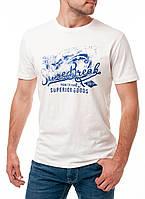 Оригинальная мужская футболка PIONEER в белом цвете с принтом на груди
