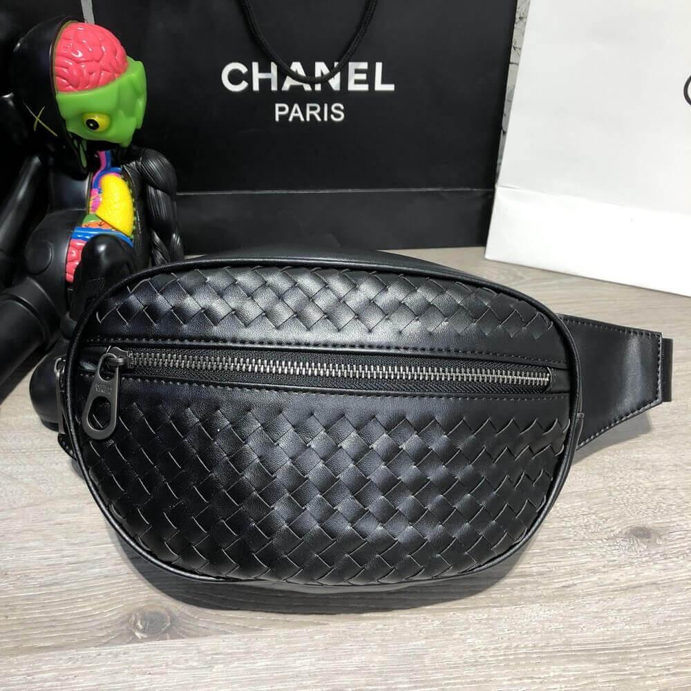 Bottega Veneta Belt Bag Nero Intrecciato VN