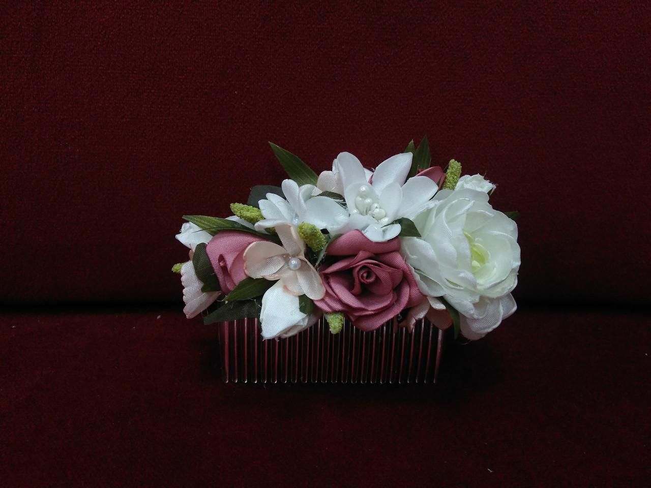 Гребешок для волос с цветами айвори (молочный) с темно-розовым и персиковым