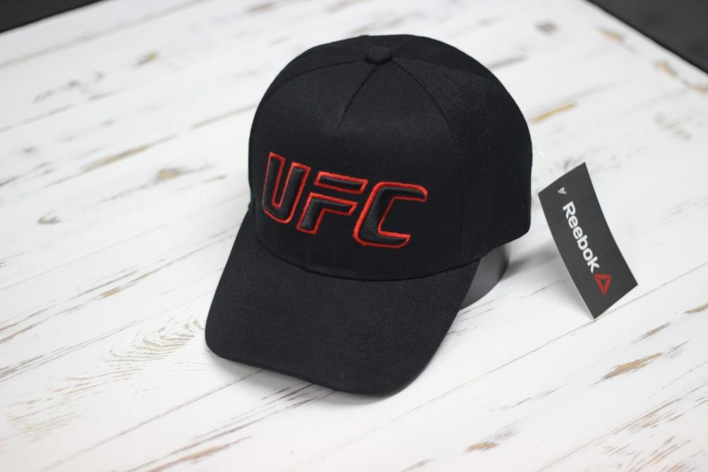 Кепка бейсболка Reebok UFC надпись с переди черная с красным