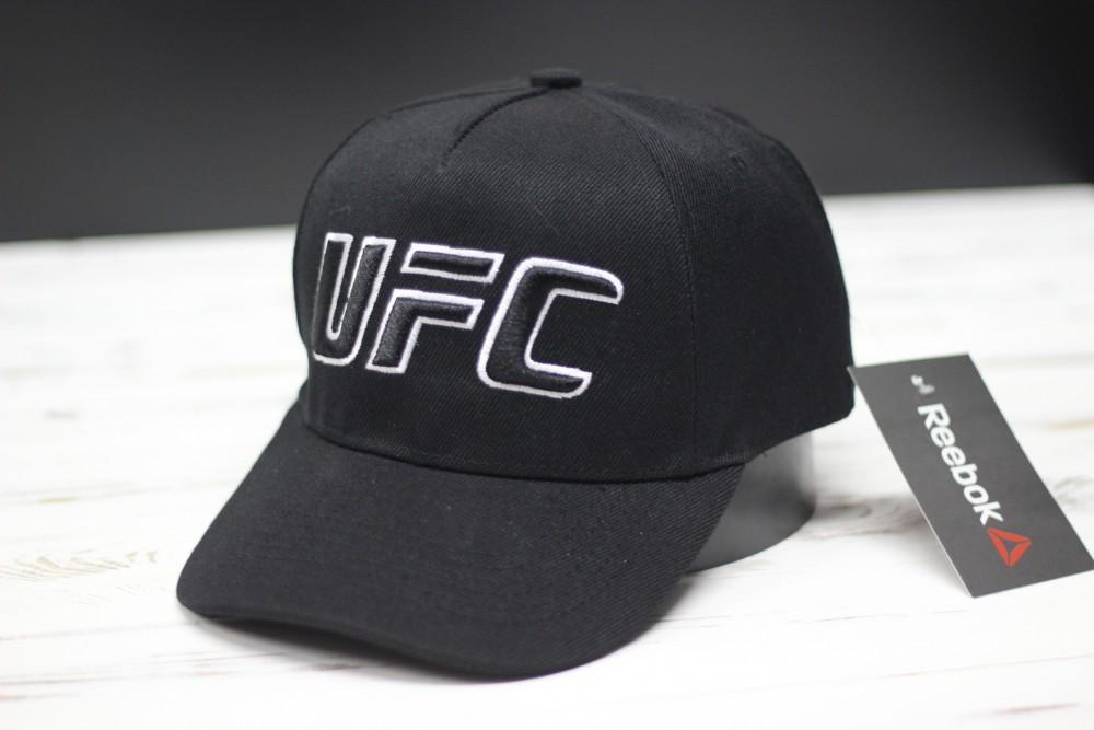Кепка бейсболка Reebok UFC надпись с переди черная с белым