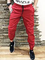 Спортивные штаны Nike red