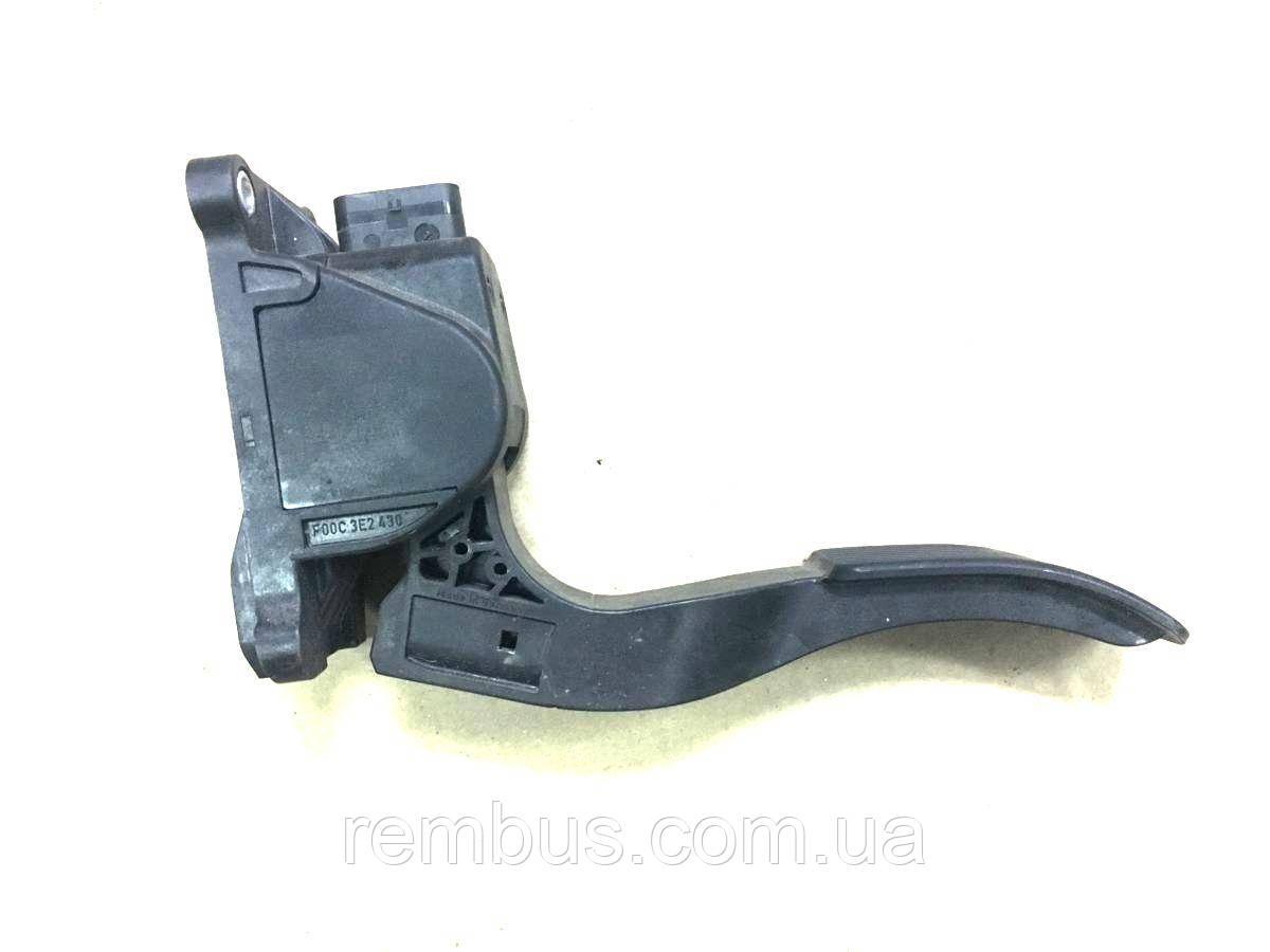 Педаль газа MB Sprinter 510CDI 2.2 CDi OM651.955 70kw (BOSCH 0280755023)