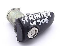 Личинка замка двери MB Sprinter W906 (С КЛЮЧОМ)