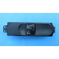 Кнопка стеклоподъемника (R) MB Vito W639 (639.601)