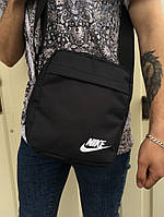 Сумка-мессенджер Nike черная