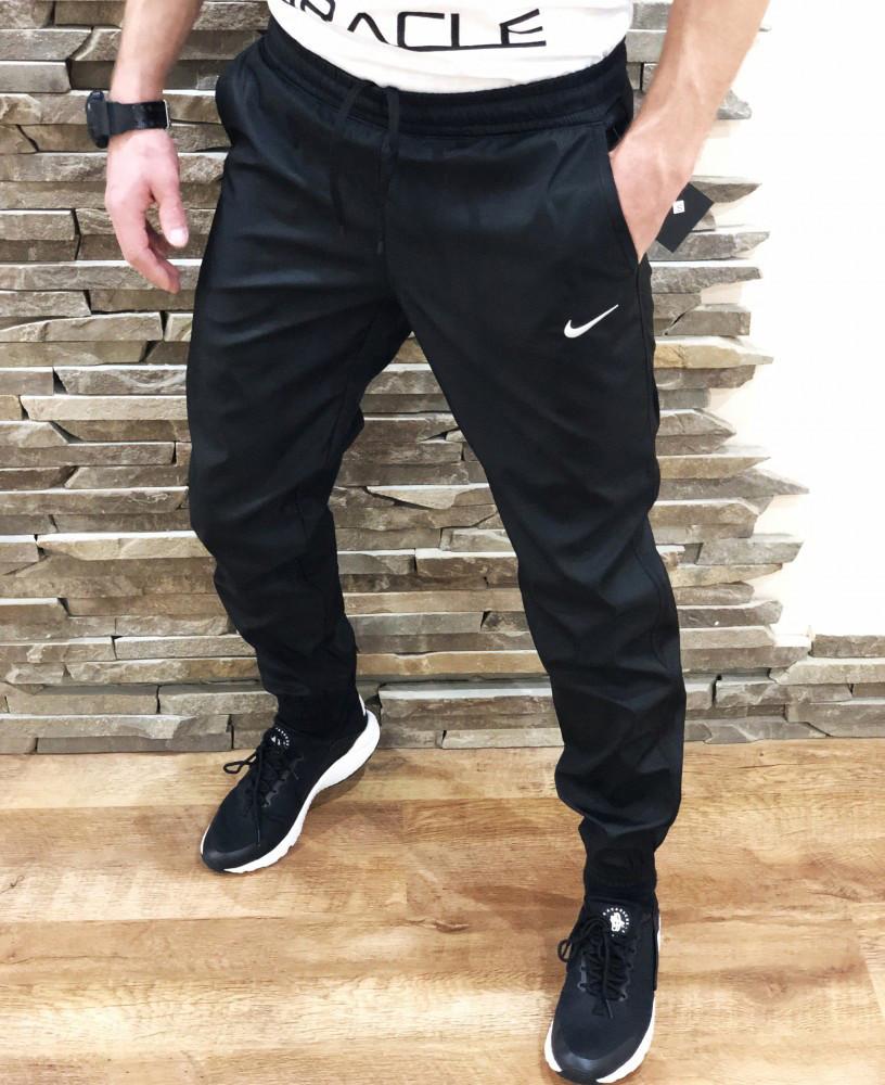 Спортивные штаны Nike 19762 черные