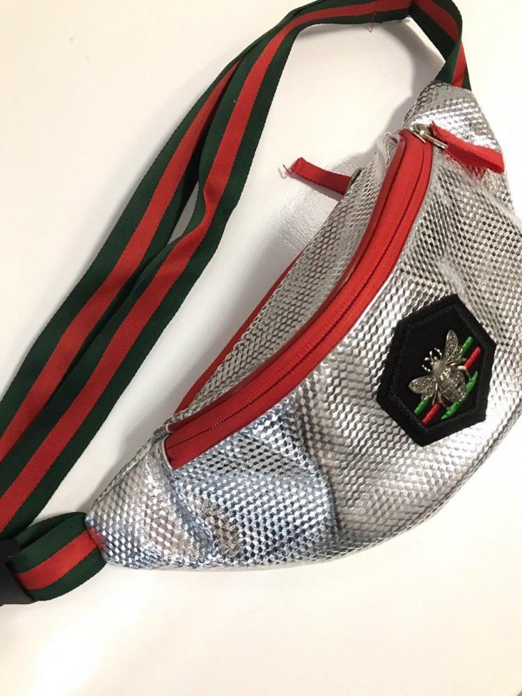 Поясная сумка Gucci фольгированная