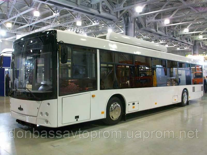 Новый низкопольный троллейбус МАЗ-203Т-70